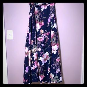 New York and Co Navy Floral Wrap Skirt, size SP